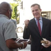 The mayor stopped by Larchmont Boulevard after the election to chat with constituents.